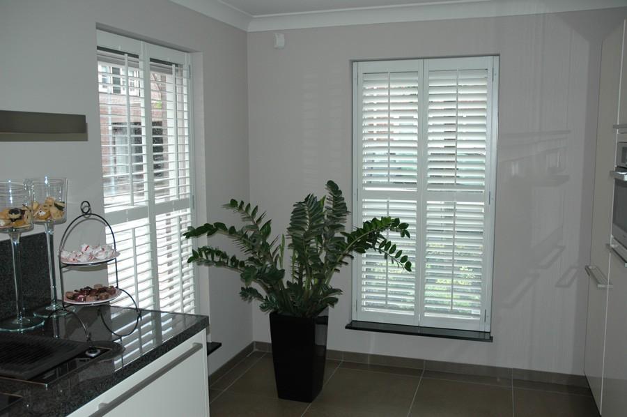 Ontwerp vensterbank gordijnen gehoor geven aan uw huis for Decoratie vensterbank keuken